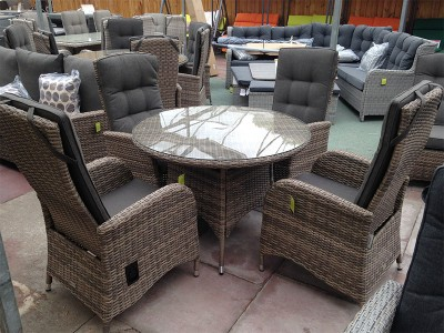 4 Seater Round Reclining Dining Set in Cappuccino Rattan