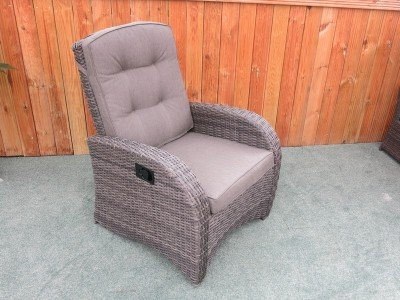 Reclining Rattan Chair - Single