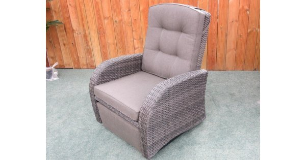 Single Rocking Reclining Rattan Chair With Footrest - Gardencentreshopping  sc 1 st  Garden Centre Shopping UK & Single Rocking Reclining Rattan Chair With Footrest ... islam-shia.org