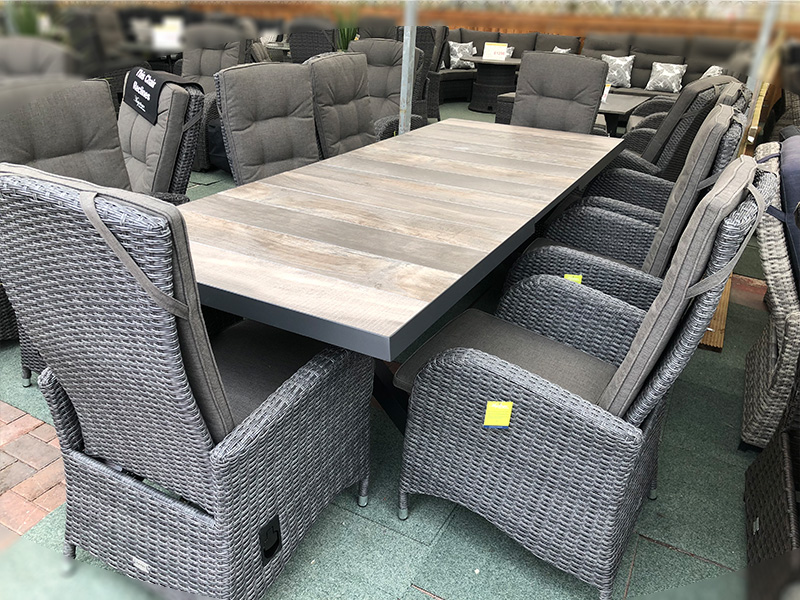Extendable Rattan Dining Set (6-8 Seater) With Reclining